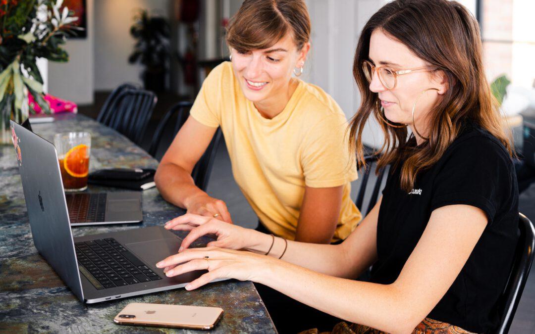 Frauen Austausch Netzwerk Mastermind Erfolgsgruppe selbstständigkeit und Gründung pexels-canva-studio-3277806